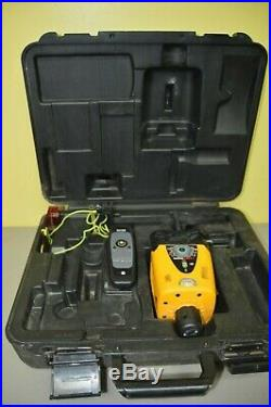 CST/berger LM30 Manual Horizontal/Vertical Rotary Laser In Case with Remote/Book